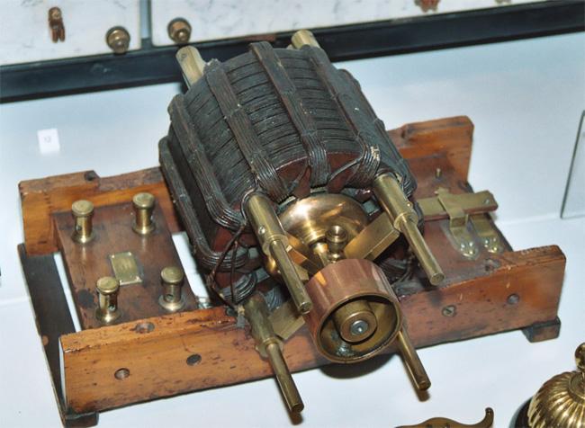 Motore polifase di Tesla